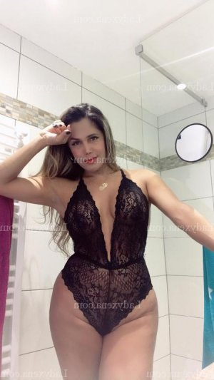 Milene escorte girl massage à Roanne