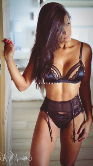 Franchette escorte massage sexe